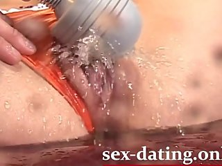 hot asian masturbate pussy until squirt
