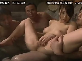 Japanese girl in stockings gives skillful hanjob to cum0093