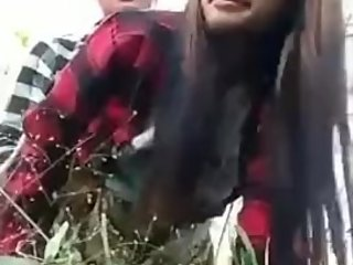 This young teens tries outdoor sex!