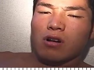 A Japanese muscle college jock masterbation and got handjob